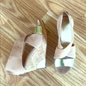 Cole Haan Nude/Gold Irving Wedge